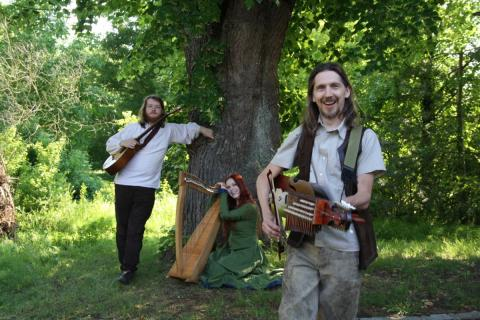Spinning Wheel spielt Pagan Folk
